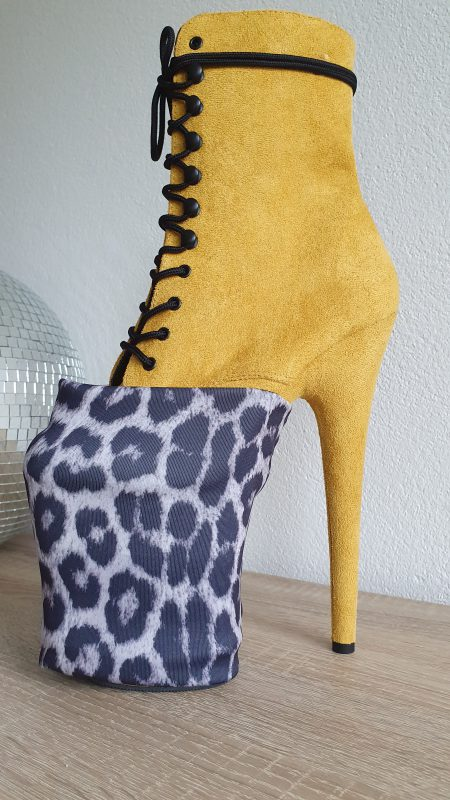 Heel Heldin Heelcover Laura Lou Limited Edition black white leopard